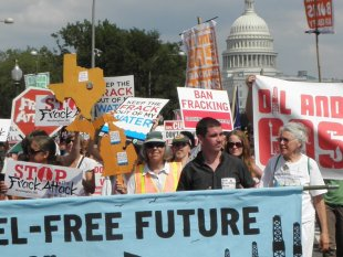 Thousands Converge in Washington to Launch National Movement Against Fracking