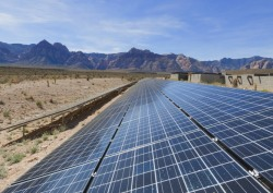 Obama admin lays out welcome mat for big solar projects in the West