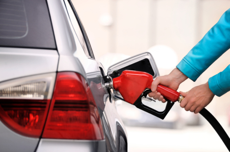 Americans on pace to spend a record amount of money on gas this year