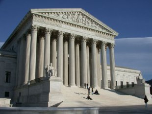 8 Civil Liberties Cases Supreme Court Will Tackle in 2013